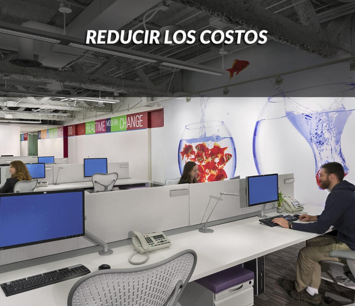 La reducción de costos es un objetivo importante en mucho proyectos. El espacio es caro y no siempre se utiliza de la forma mas eficiente. En los edificios de oficinas, los puestos de trabajo están físicamente ocupados una medida de un 50-60% del tiempo, y son los responsables de los costos mayoritarios de arriendo, climatización, mantenimiento y limpieza del espacio.